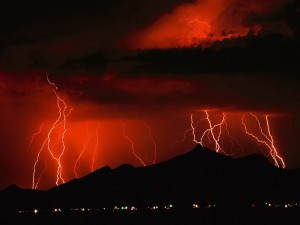 red_lightning_storm